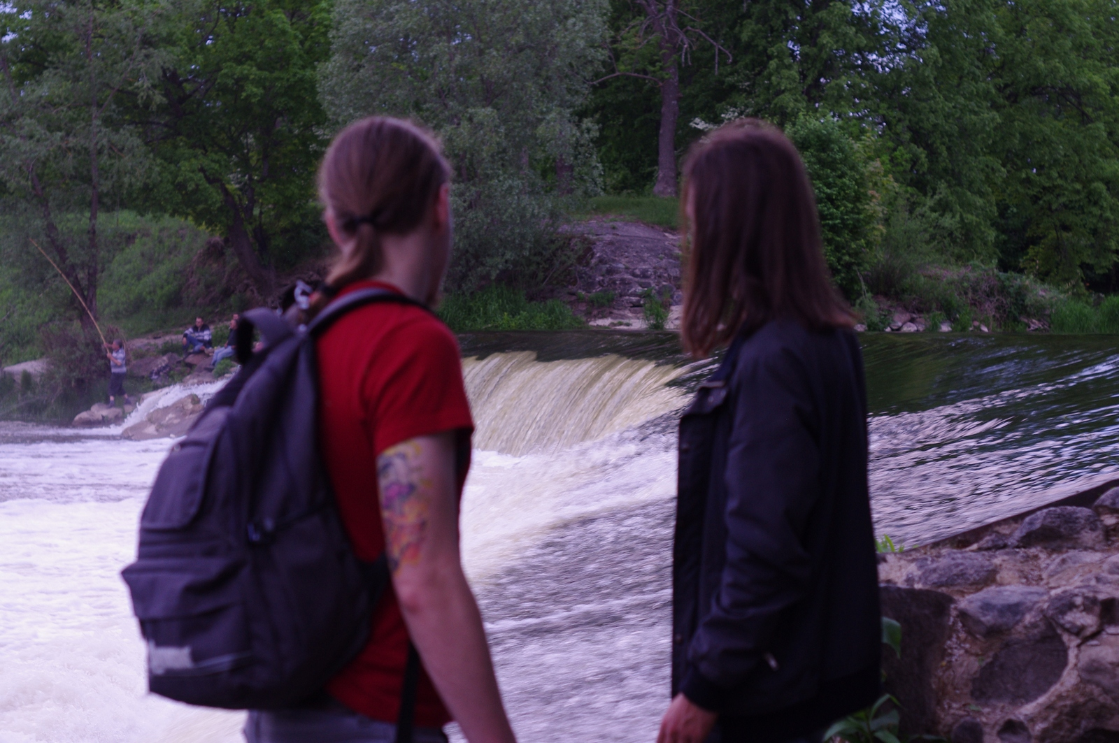 Лава водопад